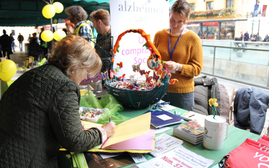 'Deseos por el Alzheimer' en la Feria del Voluntariado