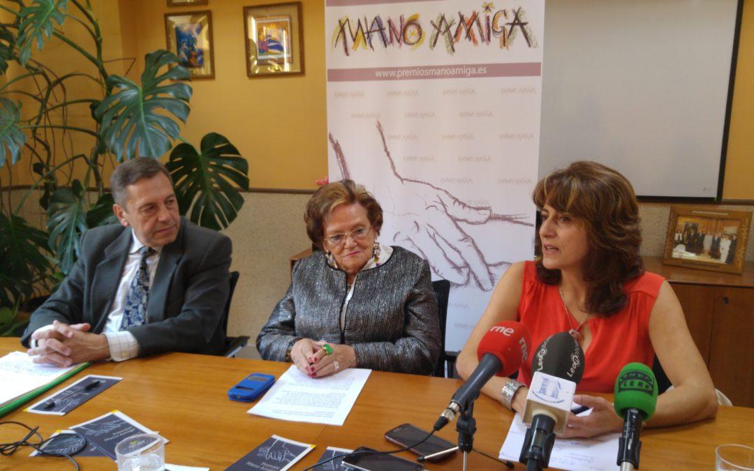 S.M. la Reina Doña Sofía, premio Mano Amiga de Alzheimer León