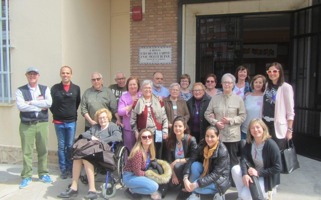 Alzheimer León exporta a la Comunidad Valenciana su programa 'Tengo algo que contarte', en el que escolares y mayores con Alzheimer inician una entrañable relación por carta