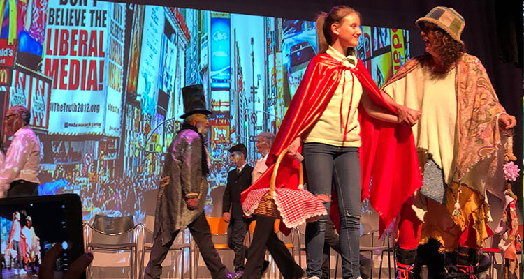 """Teatro Intergeneracional estrena """"Caperucita en Manhattan"""""""