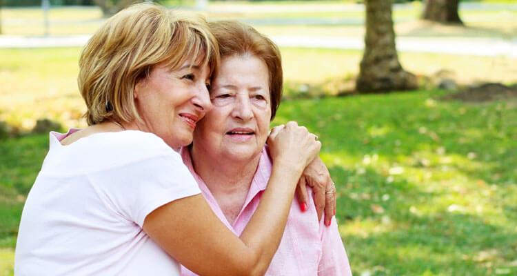 El 67% de los cuidadores de personas con demencia son mujeres